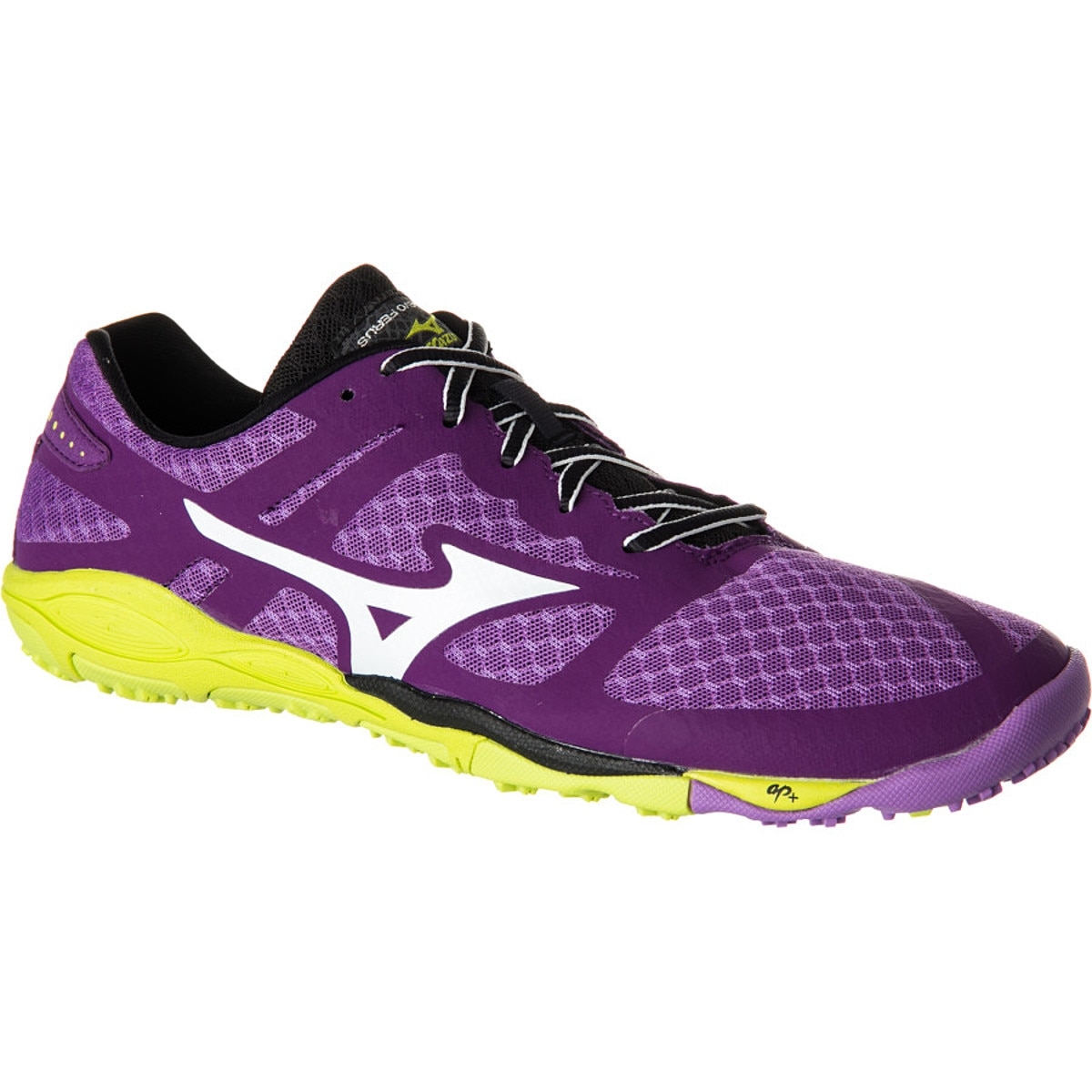 photo: Mizuno Women's Wave Evo Ferus