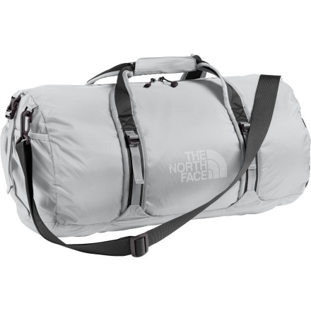 review detail The North Face Flyweight Duffel Bag - 1950 - 2870cu in
