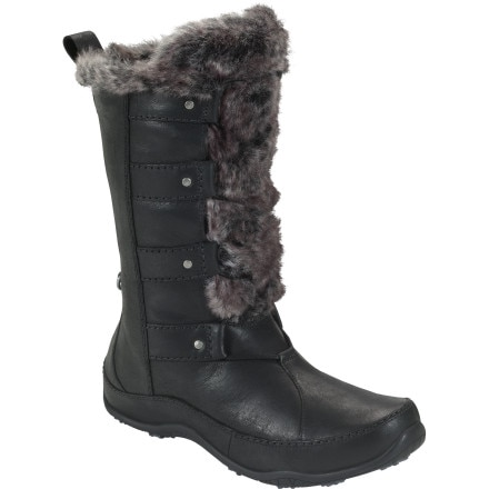 photo: The North Face Abby IV winter boot
