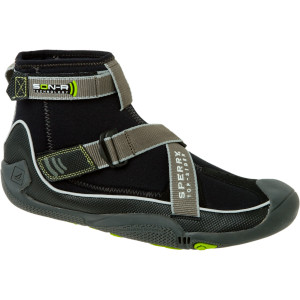 Bearing Boot Mid Water Shoe - Men's